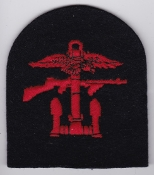British Commando WWII Patch Combined Operations Red Black Tomb a