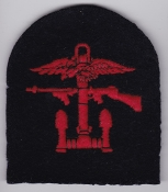British Commando WWII Patch Combined Operations Red Black Tomb b